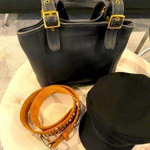 Vintage Black Leather Coach Bag No. EXD 9086